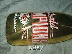KC Chiefs world champions Superbowl Limited Edition Wine Bottle Gold Rare manos