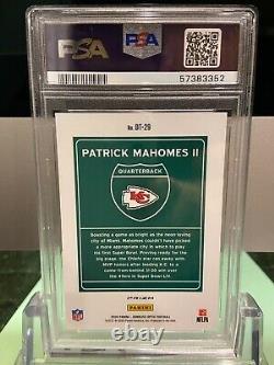 Patrick Mahomes 2020 Optic Downtown Miami Super Bowl Card #DT29 PSA 8 Chiefs