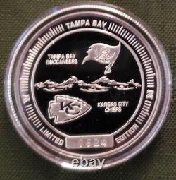 Super Bowl LV NFL. 999 1 oz Silver Flip Coin Buccaneers vs. Chiefs Large (39mm)