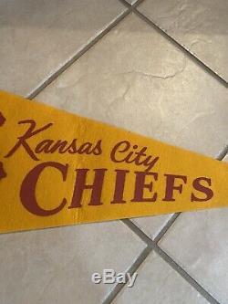 Vintage 1960s KANSAS CITY CHIEFS AFL CHAMPIONS FULL SIZE PENNANT Super Bowl NFL