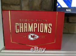 Kansas City Chiefs 2020 Abo Membre Boîte-cadeau Avec Super Bowl Coin & Flag