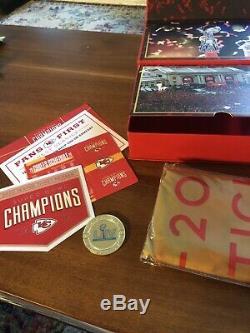 Kansas City Chiefs 2020 Billets De Saison Membre Boîte-cadeau Super Bowl Drapeau Des Champions