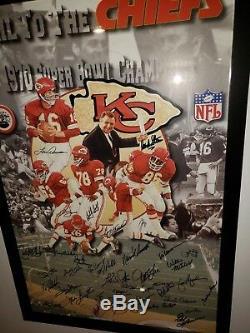 Kansas City Chiefs Rare Équipe Photo Dédicacée Poster 1969/1970 Super Bowl Champs Jsa
